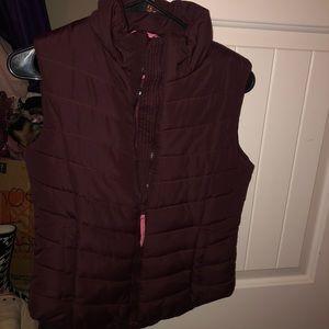 BRAND NEW: Aeropostale puff vest